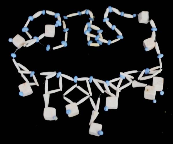 Керамические бусы бело-голубые / Keramiskās krelles zilā un baltā krāsā